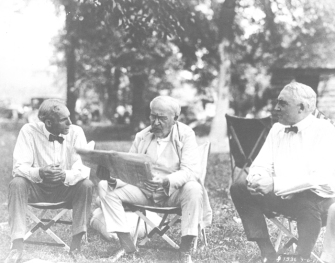 Ford and Edison with President Harding during a later trip